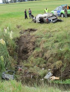 Diario La Noticia - Policiales - ACCIDENTE FATAL - Cuatro bolivarenses fallecen en un accidente en Balcarce